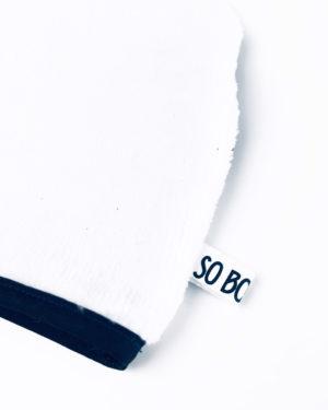 Gant-blanc-et-bleu